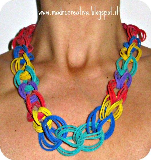 Collana di elastici DIY